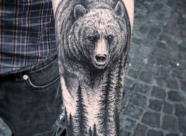 Тату медведей на плече мужские — 134 лучших фото татуировок 2020 года | 564x768