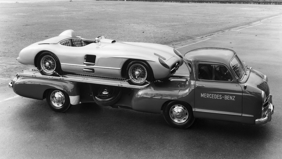 mercedes-benz_blue_wonder_transporter_19