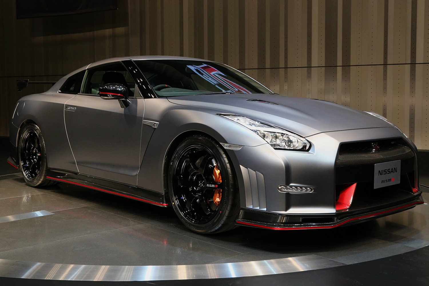 2015-nissan-gt-r-nismo-live-reveal-hompage-lead
